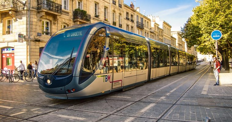 A comprehensive article that guides you How to use the public transport in Bordeaux. How to buy and validate a ticket, prices and other helpful information.
