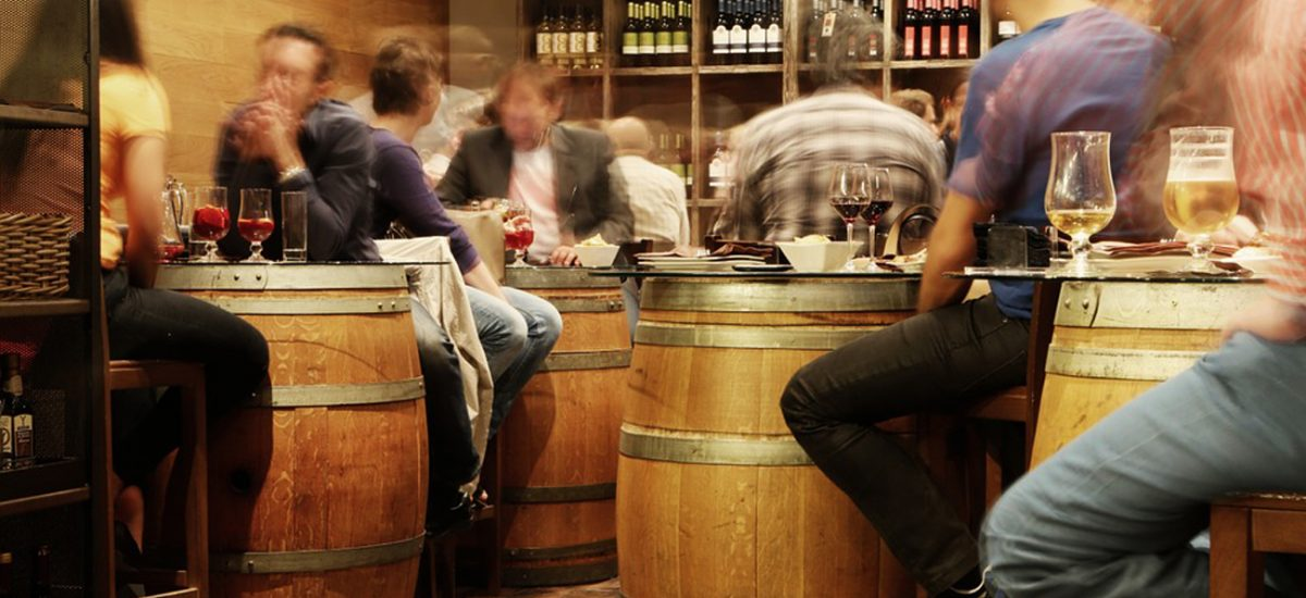 The Apero – French tradition and how do they do it?
