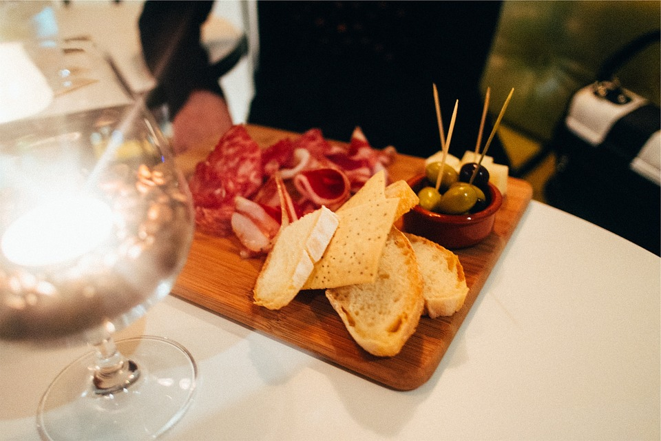 Some Apero ideas - food and drinks